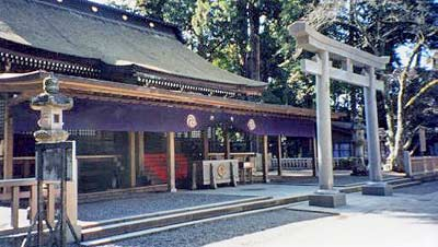 The main building at Kashima Jingu. Photo by D. Klens-Bigman.